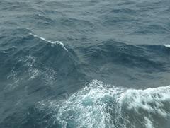 03 Fifteen meter swells