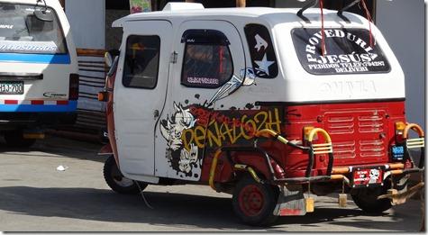 06 Three wheel van, Paracas Peru