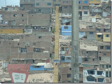 16 Squatters' hill in Lima