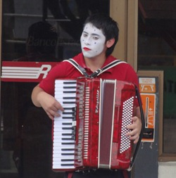 19 Mime playing accordion on Castro street