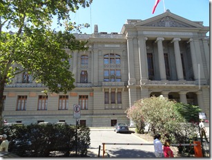 23 Palace of Justice in Santiago