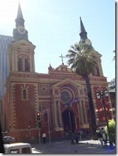 24 Red church in Santiago