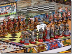 36 Indians vs. Conquistadors chess sets, market near La Serena