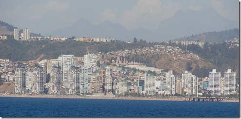 65 Vina del Mar from ship