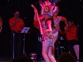 82 Peruvian folk dance show on Prinsendam