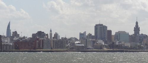 02 Skyline of Montevideo