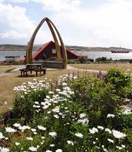 02 Whalebone arch