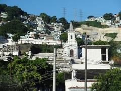 05 Favela