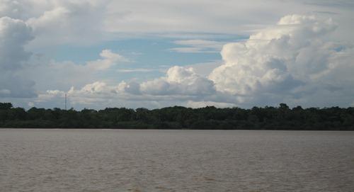 06 Amazon near equator