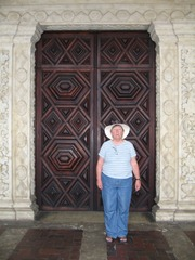 07 Mary by door to Convento Sao Francisco de Assis