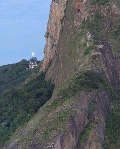09 Sailing into Rio at sunrise - Sugarloaf & corcovado