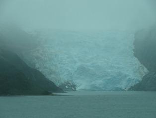 11 Glacier in Darwin Chanel