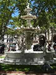 14 Fountain commemorating establishment of city water system, in Plaza Constitucion