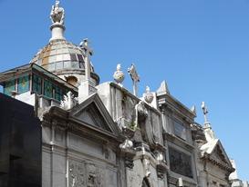 16 Recoleta cemetery