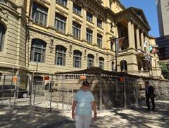 171 Mary in front of Biblioteca Nacional
