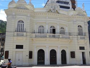 17 Teatro Carlos Gomes