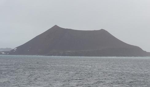 19 Penguin Island (volcano)