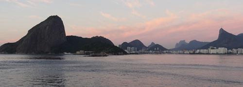24 Sailing into Rio at sunrise -