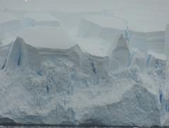 34 coastal ice with blue cracks