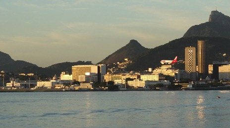 41 Sailing into Rio at sunrise - plane landing