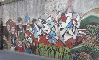 42 Graffiti