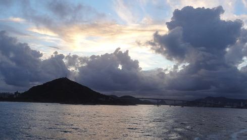 53 Sailaway sunset