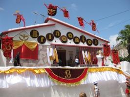 65 Olinda decorated house