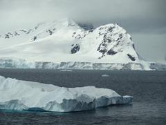 94 Entrance to Paradise Bay with iceberg