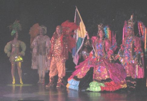 124 Amazonia Folklorico show