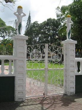 18 Gate to Derek Walcott Square,with cherubim