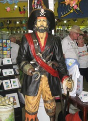 19 Statue of pirate