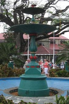 22 Fountain in D.Walcott park & 400 year old tree
