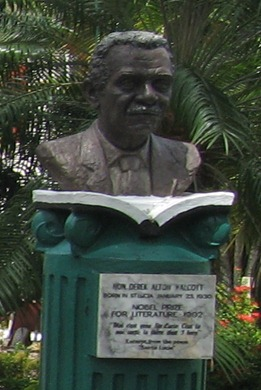 24 busts of Nobel laureates in D. Walcott parfk