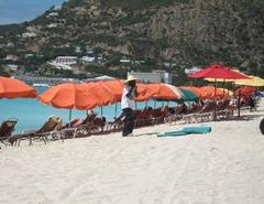 28 Beach umbrellas