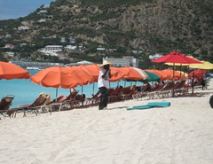 28 Beach umbrellas