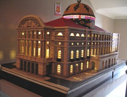 48 Lego model of Teatro Amazonas