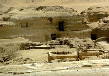 103.Giza (Pyramids)