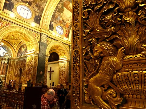 305. Malta Valleta St. Johns Co-Cathedral inside
