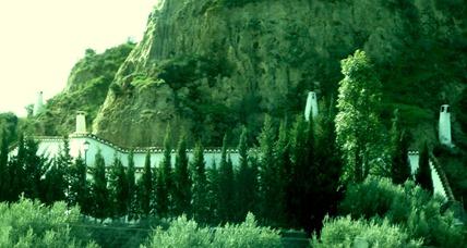 35. Road to Granada