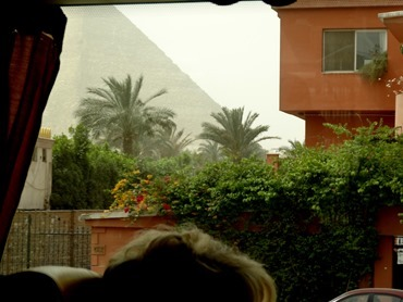 41.Giza (Pyramids)