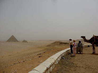 55.Giza (Pyramids)