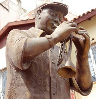 192a. Kusadasi Muffy statue closeup