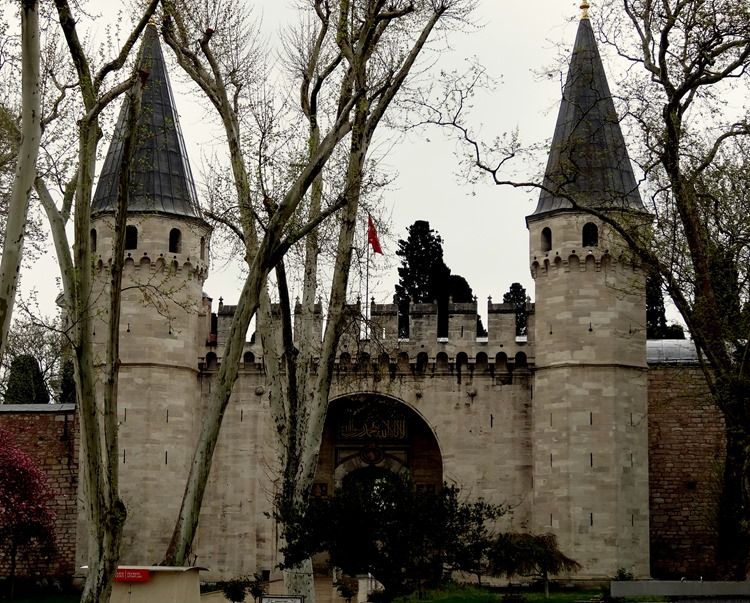 301. Istanbul Topkapi Palace 4-16