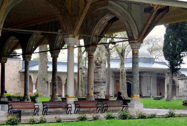 312. Istanbul Topkapi Palace 4-16