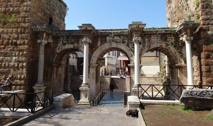 32. Antalya