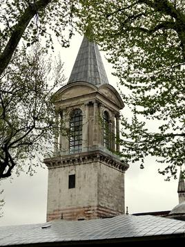 392. Istanbul Topkapi Palace 4-16