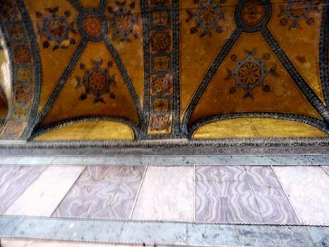 432. Istanbul Hagia Sophia 4-16
