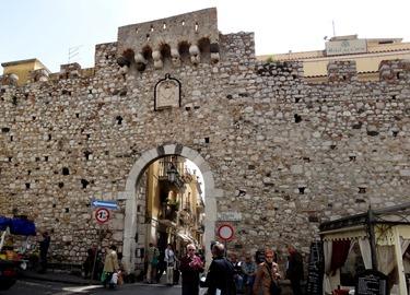 108. Taormina
