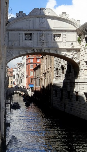 201a. Venice Bridge of Sighs