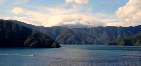 120a. Picton, New Zealand_stitch